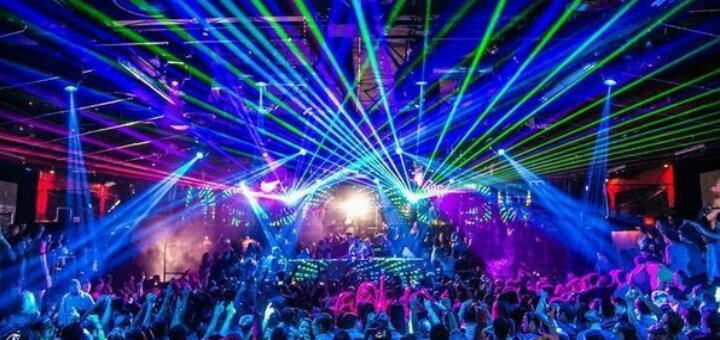 Расказы о ночном клубе работа охранника в ночном клубе в спб