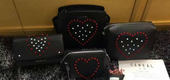7d0a8e98c854 Женские кожаные сумки в интернет-магазине Royal Bag. Покупайте кожаные  сумки по акции.