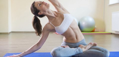 10-basic-yoga-exercises-for-beginners-images-onlinedocteradvice-720x340