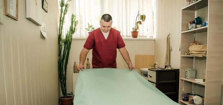 До 10 сеансов массажа спины, шейно-воротниковой зоны и рук в массажном кабинете «Намассаж»