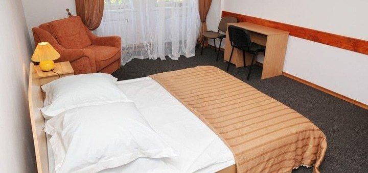 До 8 дней горнолыжного отдыха в отеле «Рожанка» в Славском