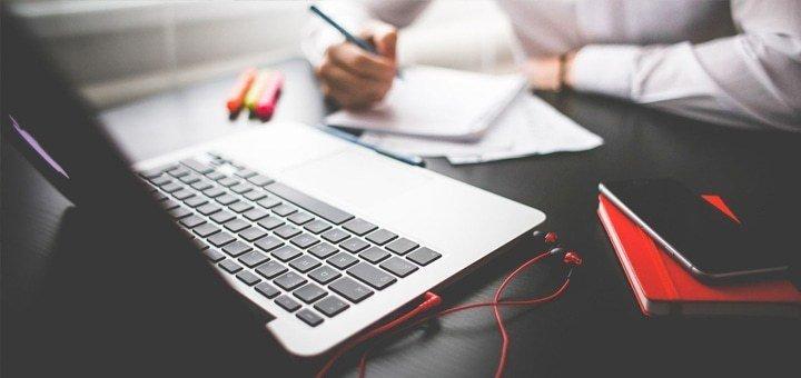 1 месяц курса «WEB дизайн» в Центре бизнеса и компьютерных технологий