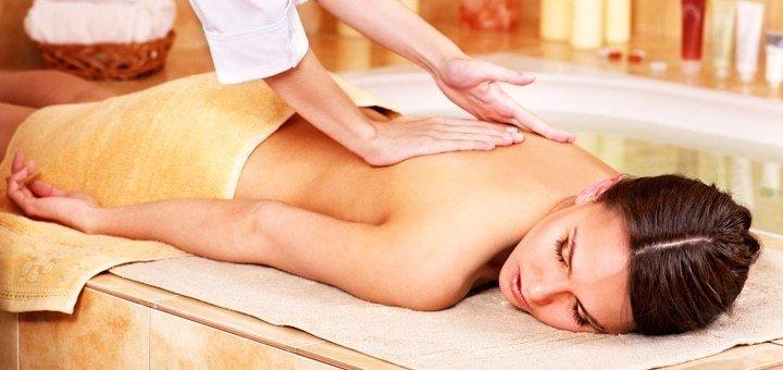 Пропаривание в травяной бане, промасливание тела и массаж спины, головы или стоп в фито-студии «Здоровье»