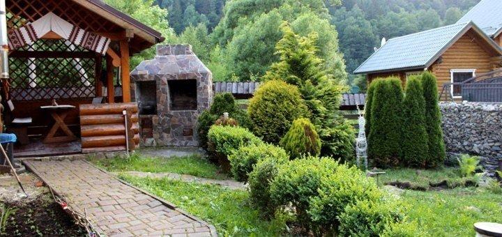 От 3 дней отдыха для компании до 6-ти человек в отеле «Wood-house» в Татарове