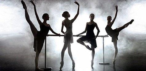Занятия в клубе классической хореографии «Пальцы»