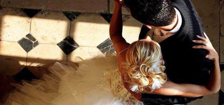 Скидка 30% на месяц занятий в школе бальных танцев для взрослых «Ториус»