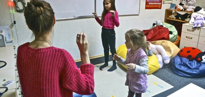 2 месяца изучения английского языка для детей в детском клубе «Dragon Fly»