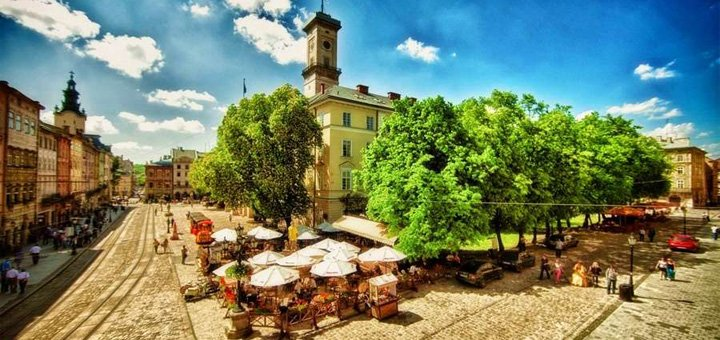 2 ночи в отеле с завтраками + Фестиваль Ретро-авто во Львове от туроператора «Rich Tour»