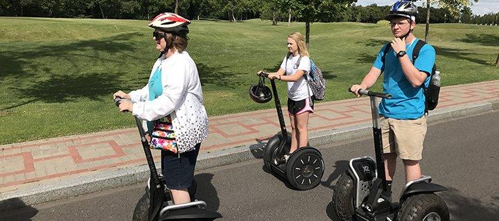 Скидка 50% на прогулки на Segway по Межигорью и Софиевскому парку (Умань) от «Green Wheels»
