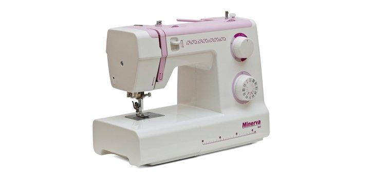 При покупке швейных машин «Minerva» и «Toyota» - швейный набор в подарок