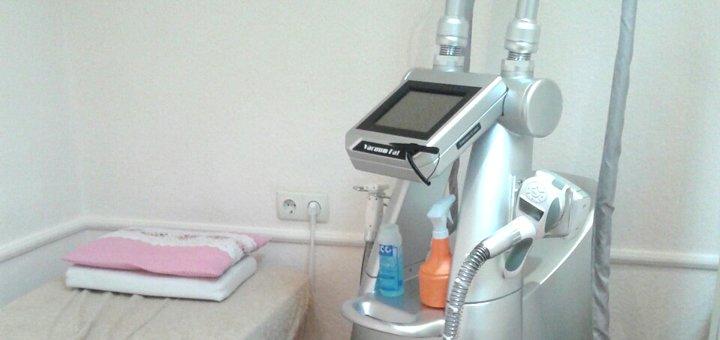 До 10 сеансов лазерной элос эпиляции любой зоны в салоне лазерной косметологии «Essel»