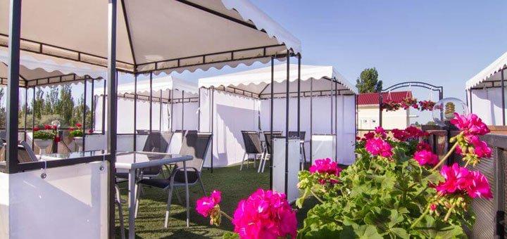 От 3 дней отдыха в бархатный сезон в отеле «Пальма» в Затоке на Черном море