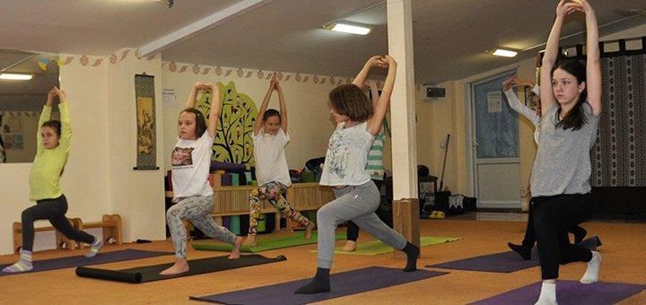 До 30 занятий йогой по разным направлениям в студии «Yoga-Lifestyle»