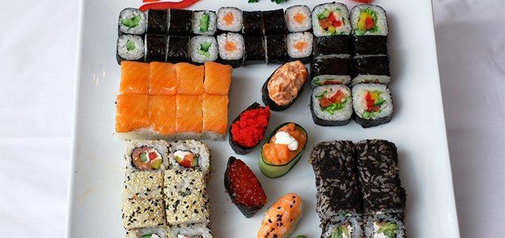 Скидка 50% на все меню японской кухни, суши, суши-сеты и лапшу от службы доставки «Sushi Chef»