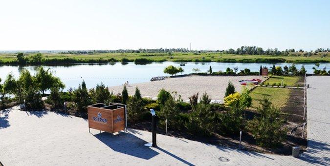 От 2 дней отдыха с пакетом услуг «Weekend на Острове» в отеле «Остров River Club» под Днепром