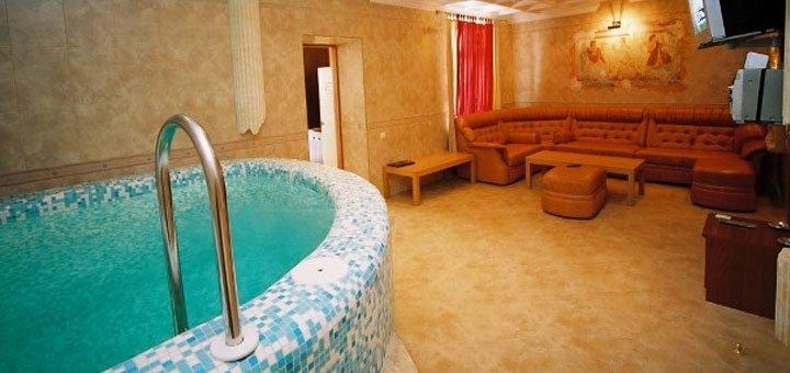 От 2 дней отдыха с романтическим ужином в отеле «Морской 4*» в Одессе