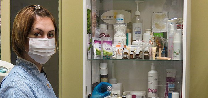 До 5 сеансов электропорации (безинъекционная мезотерапия) лица, шеи и зоны декольте в кабинете Виктории Панченко