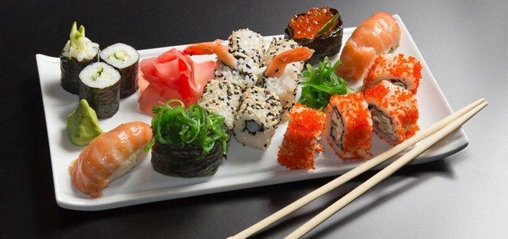 Скидка 50% на всё меню суши от службы доставки «Малибу»