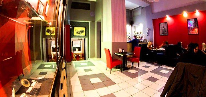Скидка 50% на пиццу, пасту, чай и кофе в итальянском ресторане «Al Capone»