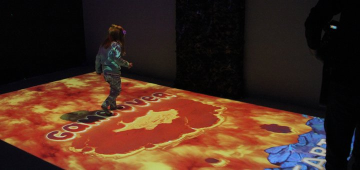 Входной билет в детский парк интерактивных развлечений «La la Park» в ТРЦ «Dream Town 2»