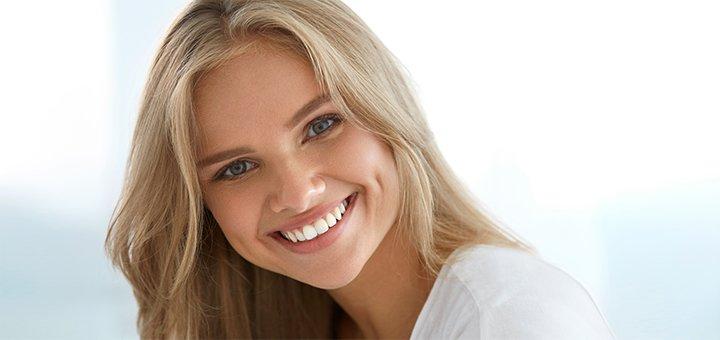 Ультразвуковая чистка зубов с Air-Flow в стоматологической клинике «O'Dent»