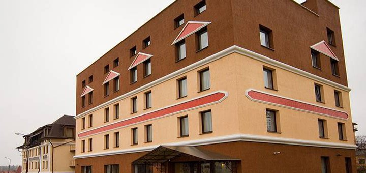 От 4 дней отдыха с питанием и посещением соляной комнаты в отеле «Соламия» в Трускавце
