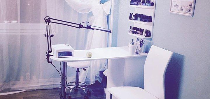 До 7 сеансов лечебного массажа спины или шейно-воротниковой зоны от студии красоты «AntiSalon»
