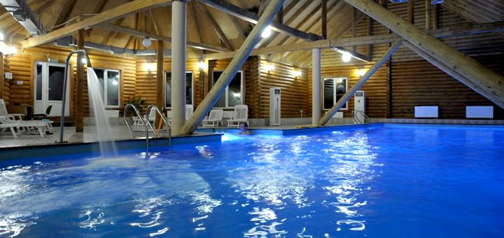 От 3 дней спа-отдыха с пакетом услуг и завтраками в отеле-курорте «Водоспад» в Яремче