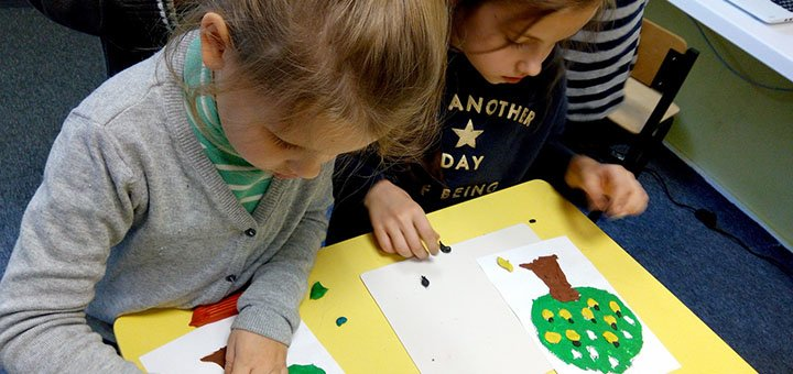 Скидка 9% на посещение дневного лагеря «Навколо світу за п'ять днів» в школе «Kid'Z studio»