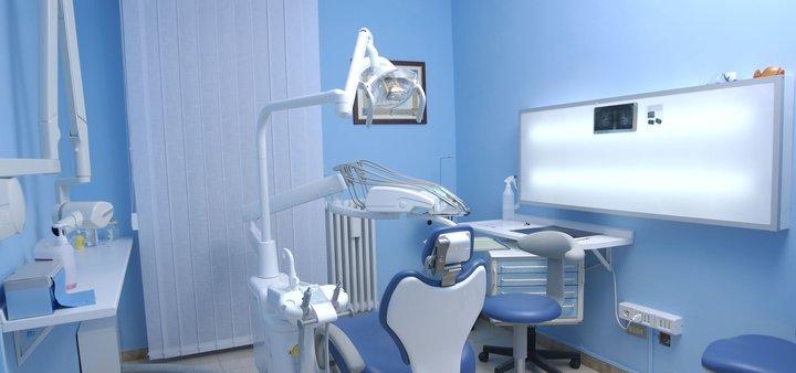 Скидка до 38% на установку коронки в клинике «Swiss Dent»