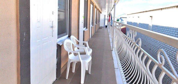 От 3 дней отдыха в июле и августе в отеле «Айсберг» на первой линии в Железном Порту