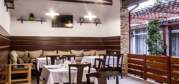 Скидка 30% на все меню кухни и бара в ресторане «Ани»