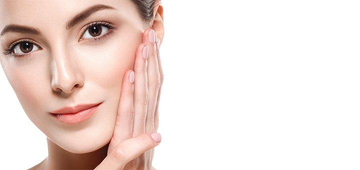 До 7 сеансов массажа лица с сывороткой и альгинатной маской в клинике «Alba Clinic»