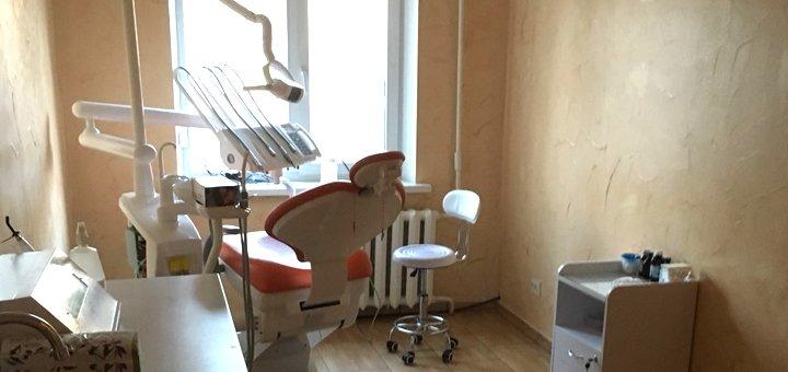 Ультразвуковая чистка зубов, Air-Flow с глубоким фторированием в стоматологии «Rocketsmile»