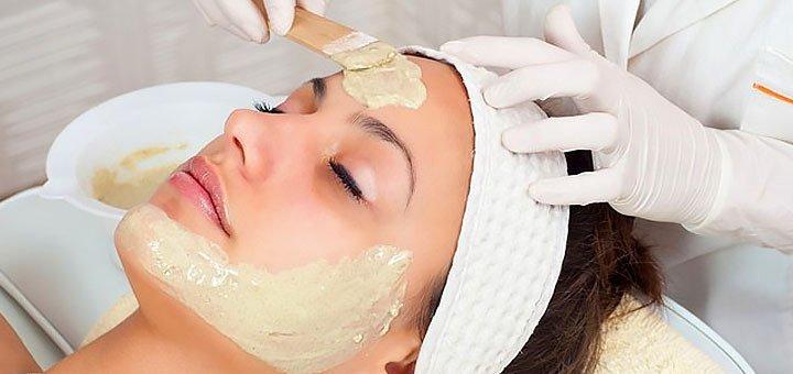 Скидка до 67% на чистку лица с миндальным пилингом в косметологическом кабинете Татьяны Бондарь