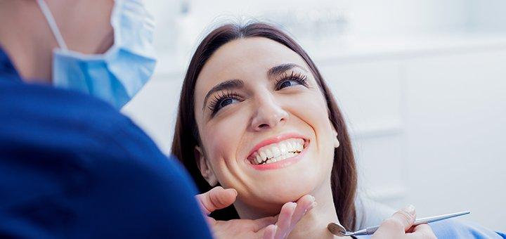 Ультразвуковая чистка зубов в стоматологическом центре «Кебот-Одесса»