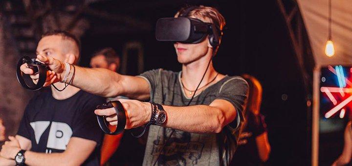 До 2 часов аренды игровой комнаты с PlayStation 4 и VR для компании в игровом клубе «VR HUB»