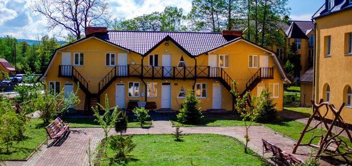 От 8 дней отдыха с питанием и лечением в санатории «Конвалія» в Трускавце