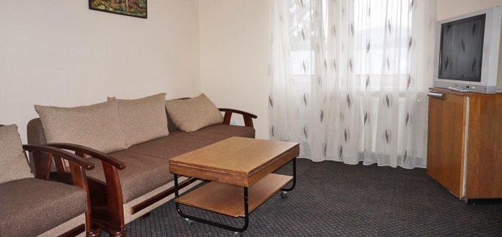 От 3 дней отдыха с питанием в отеле «Калина» в Славском
