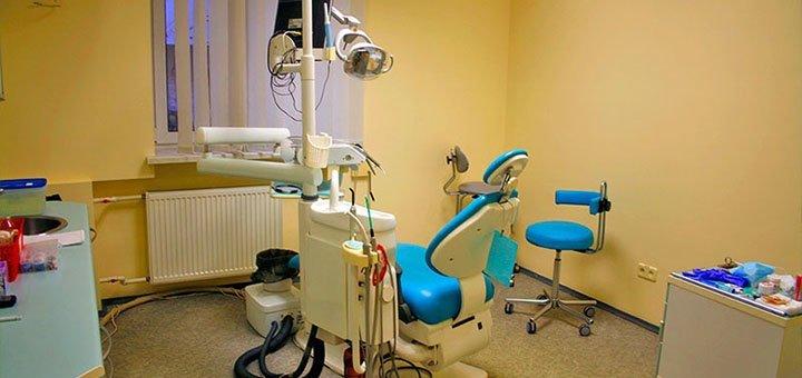 Скидка до 47% на установку виниров в стоматологическом центре «Dentopolis C»