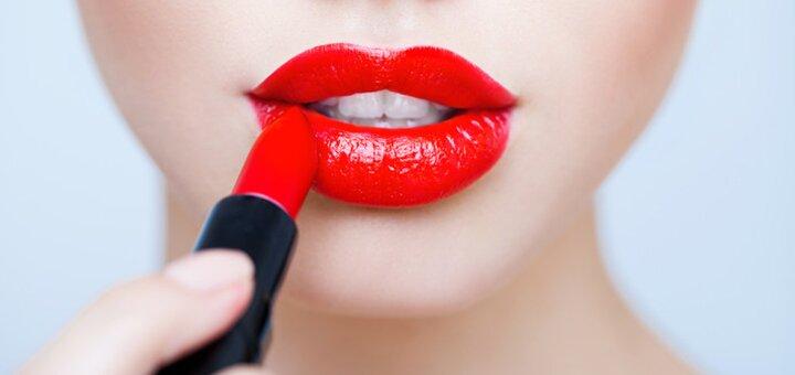 Скидка 42% на увеличение губ и контурную пластику лица в центре «StasyukClinic»