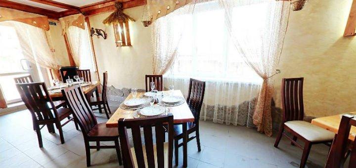 От 4 дней новогоднего отдыха с питанием и посещением сауны на базе отдыха «Берлога» в Карпатах