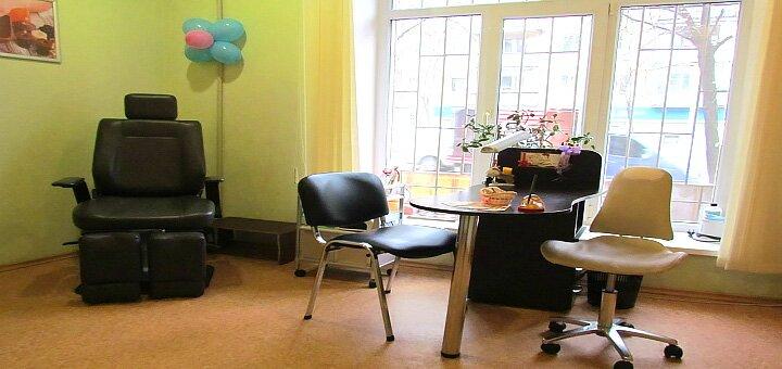 Аппаратный мужской маникюр и педикюр в салоне красоты «Anet»