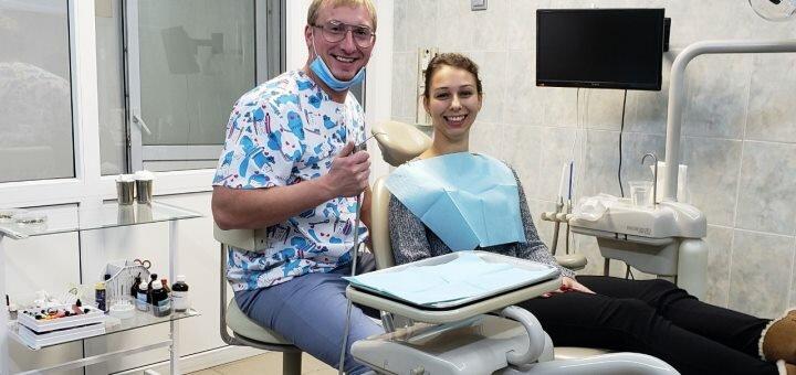 Лечение кариеса с установкой фотополимерной пломбы в Клинике израильской стоматологии