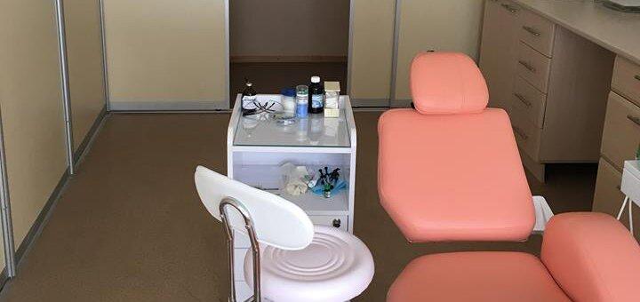Лечение кариеса с установкой фотополимерной пломбы в клинике «Rocketsmile»