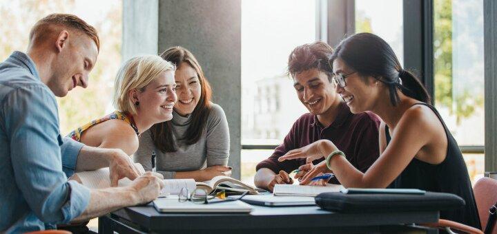 Безлимитный доступ к онлайн-курсам по языкам от образовательного центра «New Mindset»