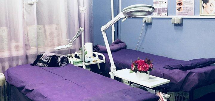 До 3 сеансов лифтинг массаж лица с anti-age сывороткой в студии красоты «KrisStyle»