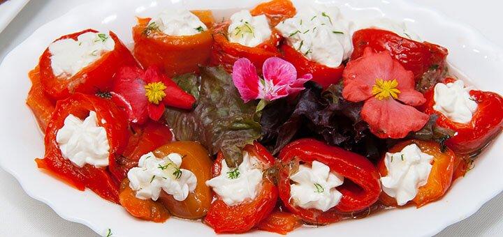 Скидка 50% на все меню кухни в ресторане «Garden Cafe»
