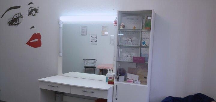 До 5 сеансов фракционной микроигольчатой мезотерапии волос в косметологическом салоне «D'Askar»