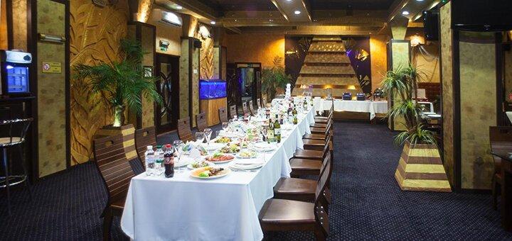 От 2 дней отдыха с завтраками в SPA-флотеле «Фараон» в Киеве